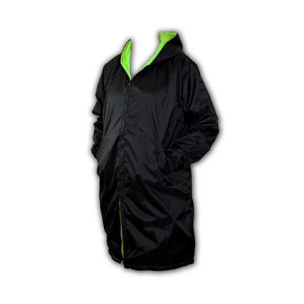 Black hooded swimmers parka with green lining